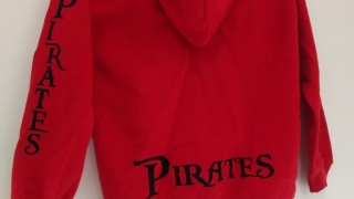 zipper-hoodie-rot-mit-Druck-back